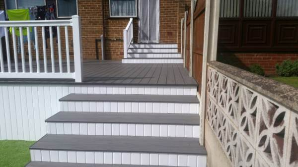 GREY GRAPHITE DECKING LEEDS