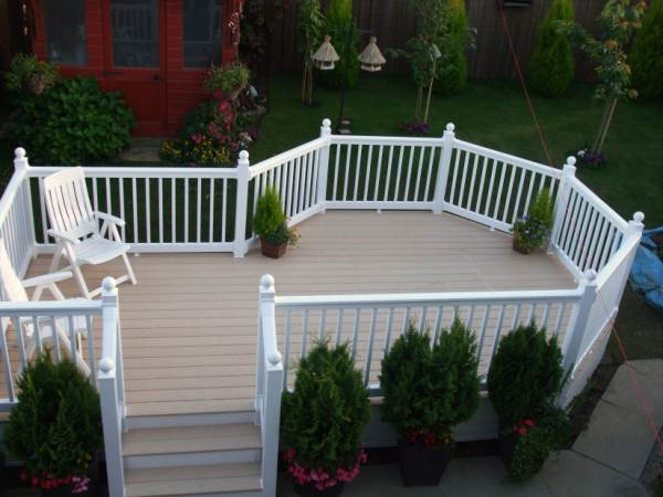 RAISED ELEVATED PVC DECKING