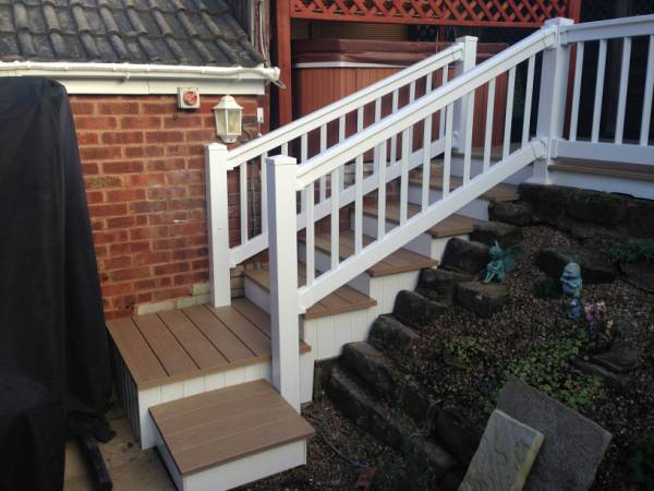 HANDRAILS STEPS IN PVC DECKING SHEFFIELD