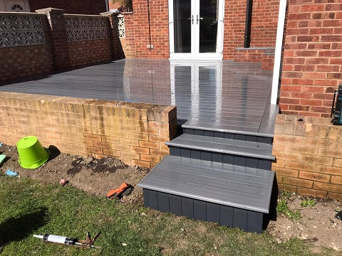 Horbury Decking Picture